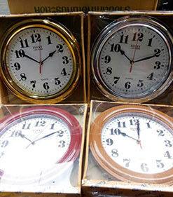 นาฬิกาติดผนังขอบเงิน ทอง ไม้ ยี่ห้อ Lucky รหัส 073
