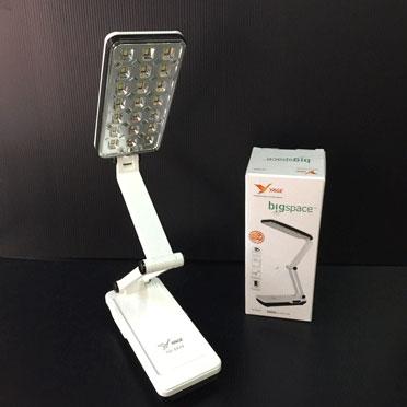 โคมไฟตั้งโต๊ะ ยี่ห้อ YAGE รุ่น YG-5939